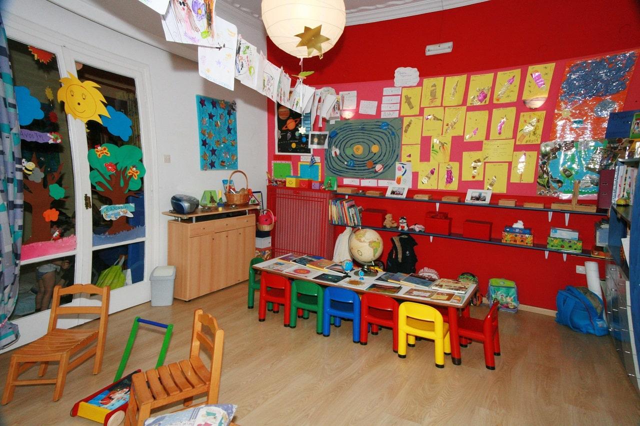Εσωτερικός χώρος παιδικού σταθμού Πιτσιρικούπολη
